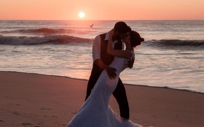 Geovanna e Elton Trash the dress praia